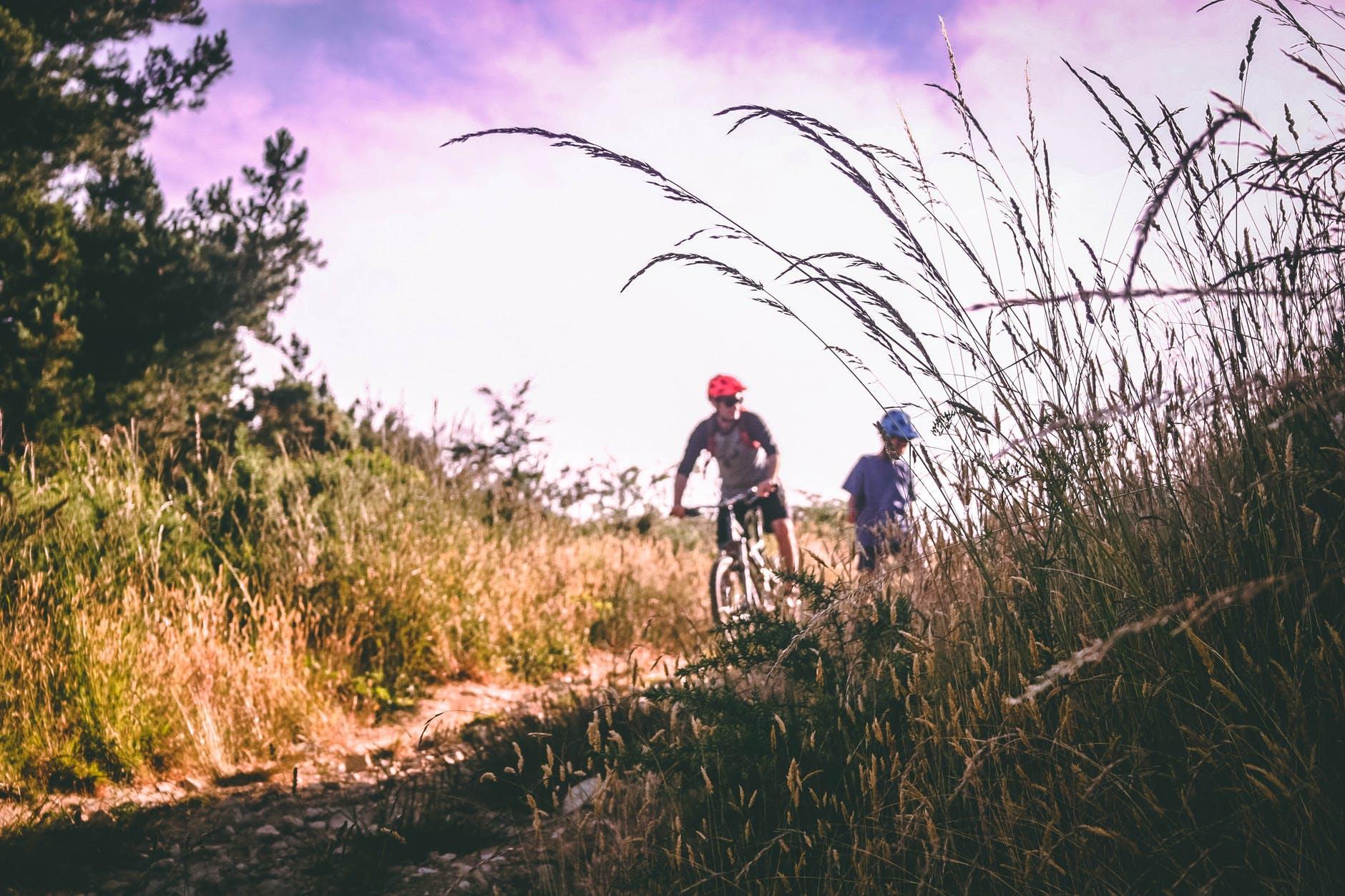 Bike Handlebar Grips Single Lock on Bicycle Handle Bar MTB, for BMX Mountain