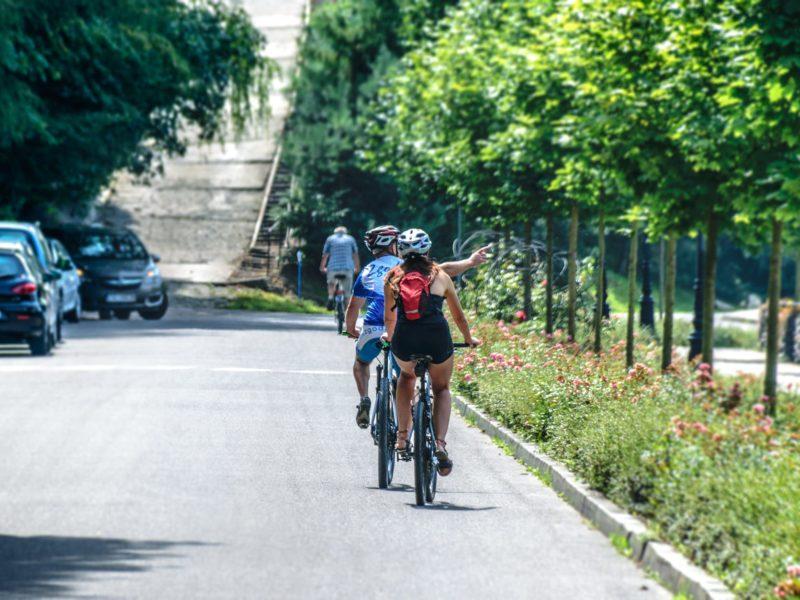 dropbar or flat handlebar for city cycling