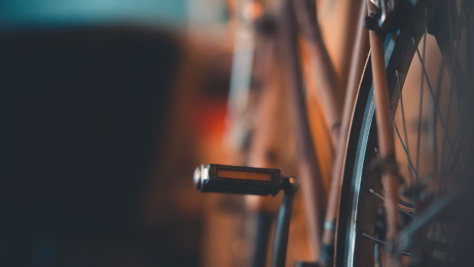 pros and cons of flat pedal