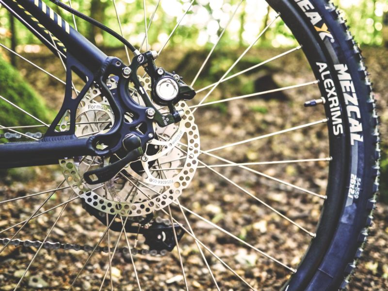 when to change your road bike tire