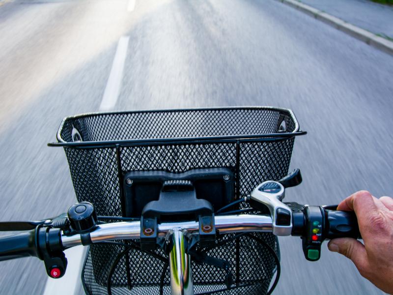 best electric bikes under 2000 dollars